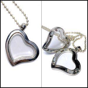 Jewelry - Magnetic Keepsake Photo Locket Heart Necklace